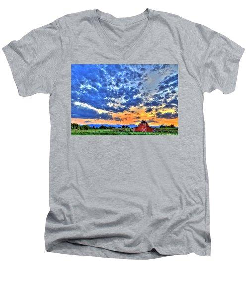Barn And Sky Men's V-Neck T-Shirt by Scott Mahon