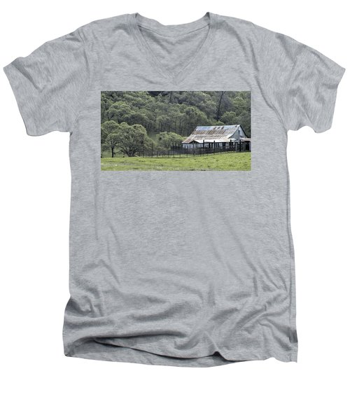Barn In The Meadow Men's V-Neck T-Shirt