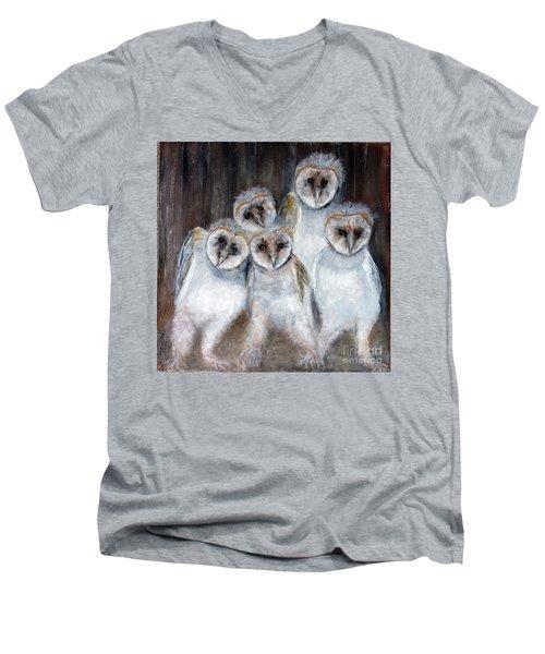 Barn Owl Chicks Men's V-Neck T-Shirt