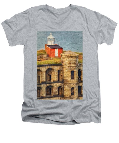Men's V-Neck T-Shirt featuring the photograph Battery Weed At Fort Wadsworth Nyc by Susan Candelario