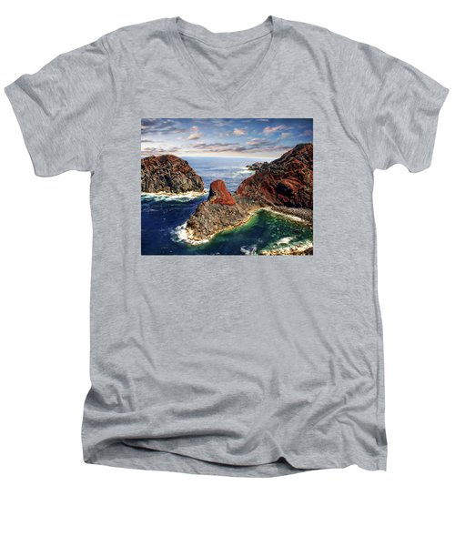 Bay Of Ponta Da Barca Men's V-Neck T-Shirt