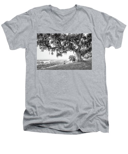 Bay Street Oak View Men's V-Neck T-Shirt