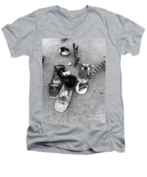 Bored Boards Men's V-Neck T-Shirt