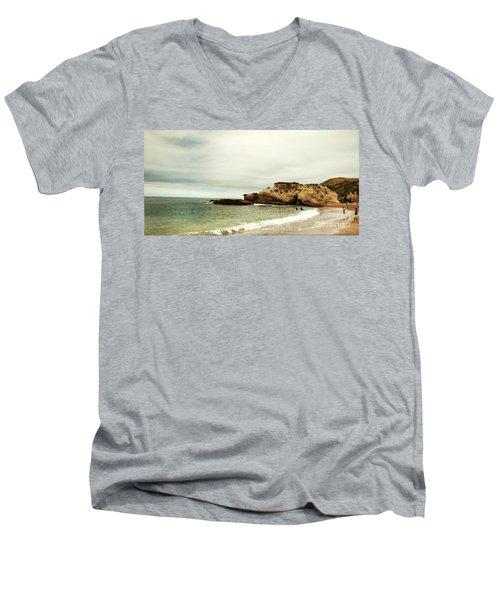 Beach Day At Montana De Oro Inspooner's Cove San Luis Obispo County California Men's V-Neck T-Shirt