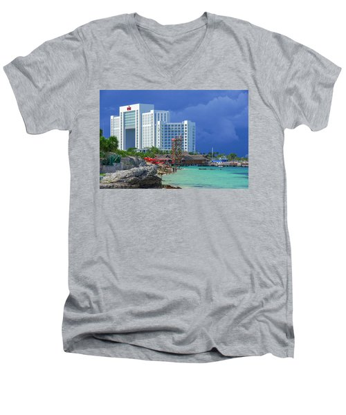 Beach Life In Cancun Men's V-Neck T-Shirt