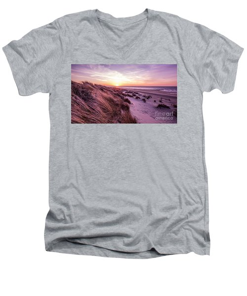 Beach Of Renesse Men's V-Neck T-Shirt