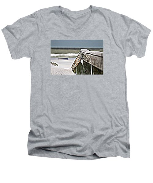 Beach Rail Men's V-Neck T-Shirt