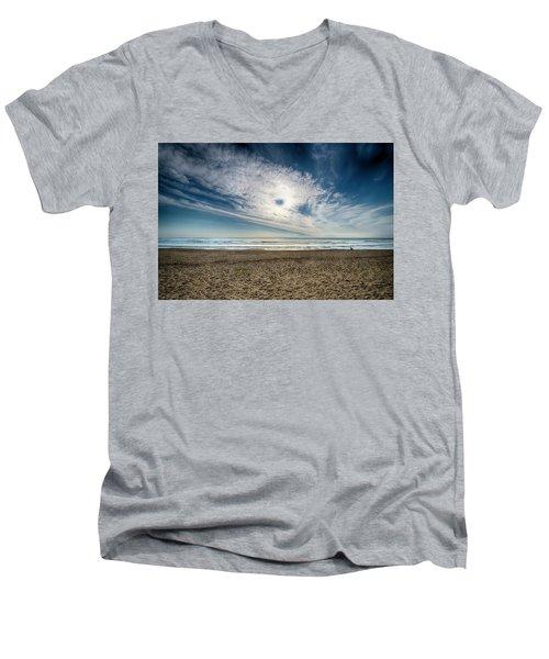 Beach Sand With Clouds - Spiagggia Di Sabbia Con Nuvole Men's V-Neck T-Shirt