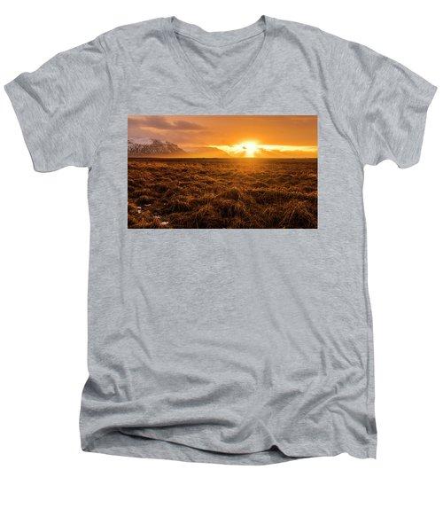 Beauty In Nature Men's V-Neck T-Shirt