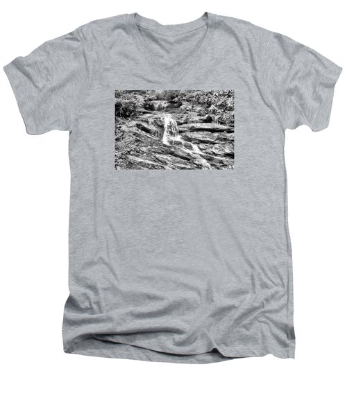 Becky Branch Falls In Black And White Men's V-Neck T-Shirt