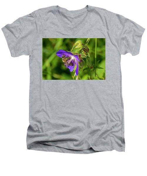 Bee At Work Men's V-Neck T-Shirt