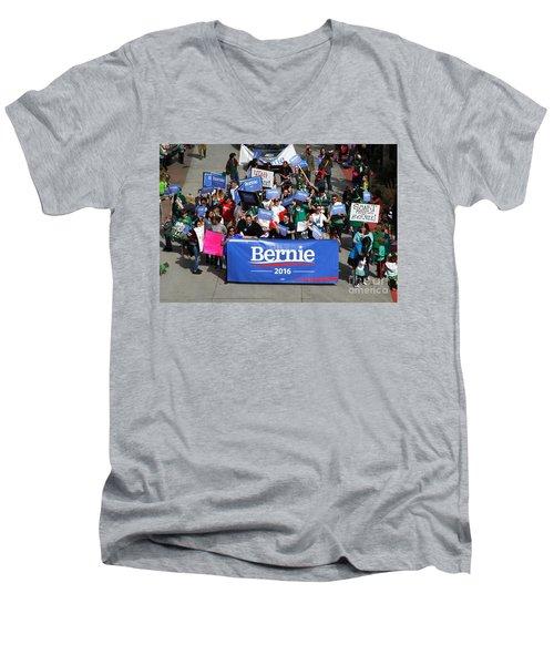 Bernie 2016 Men's V-Neck T-Shirt