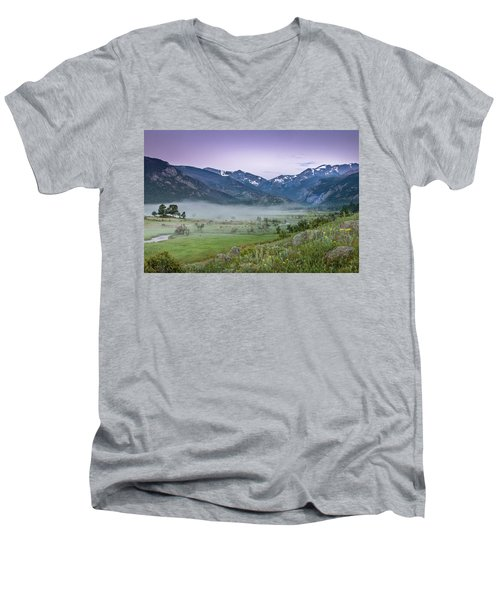 Between Night And Day Men's V-Neck T-Shirt