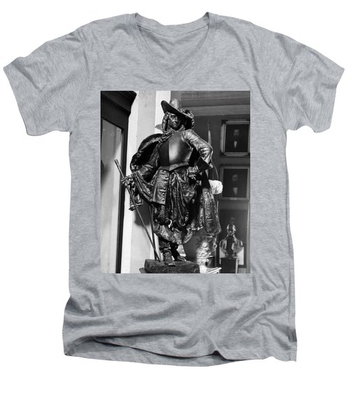 Bienville In Bronze Men's V-Neck T-Shirt
