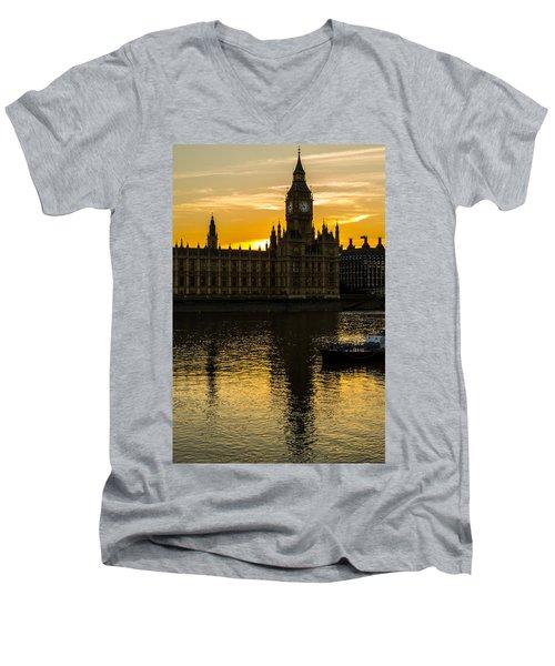 Big Ben Tower Golden Hour In London Men's V-Neck T-Shirt