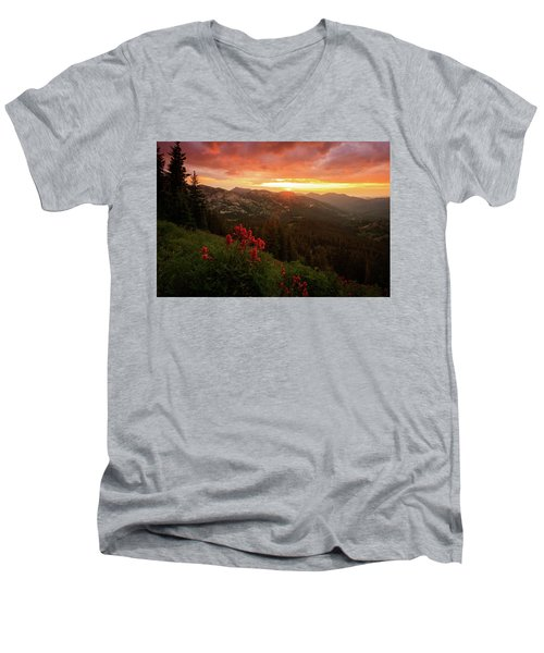 Big Cottonwood Sunset Men's V-Neck T-Shirt