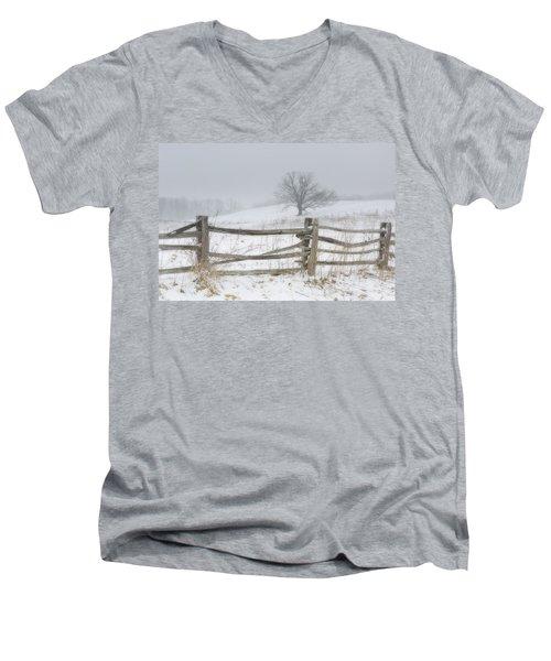 Big Oak Tree Men's V-Neck T-Shirt