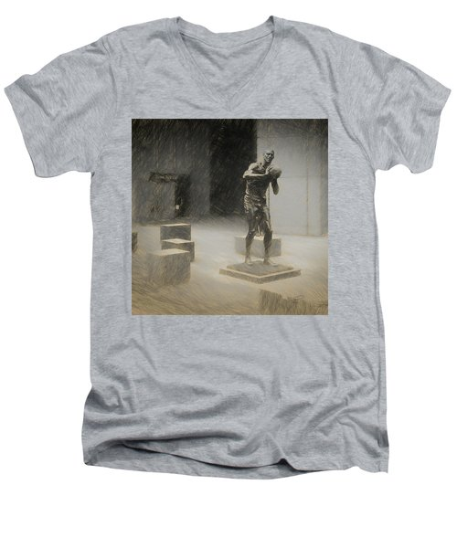 Bill Russell Statue Men's V-Neck T-Shirt