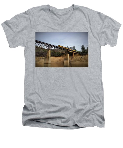 Bird Vs Train Men's V-Neck T-Shirt