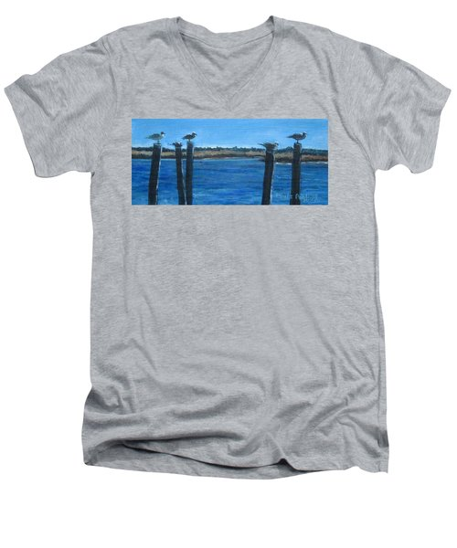 Bivalve Seagulls Men's V-Neck T-Shirt