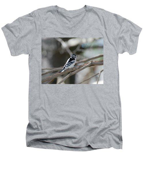 Black And White Bird Men's V-Neck T-Shirt