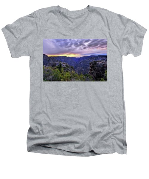 Black Canyon Sunset Men's V-Neck T-Shirt