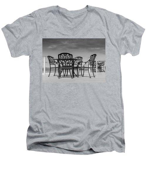 Black Cast Iron Seats Men's V-Neck T-Shirt