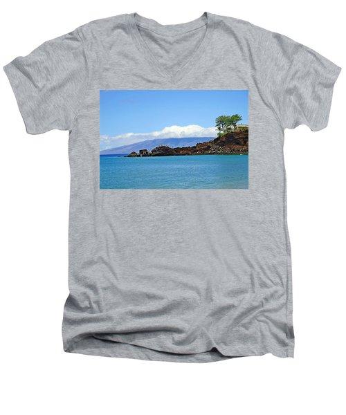 Black Rock Beach And Lanai Men's V-Neck T-Shirt