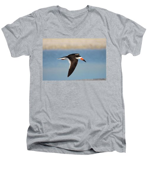 Black Skimmer In Flight Men's V-Neck T-Shirt