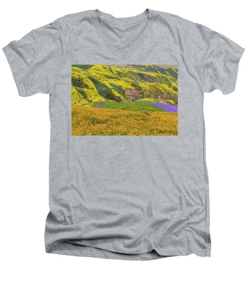 Men's V-Neck T-Shirt featuring the photograph Blazing Star On Temblor Range by Marc Crumpler