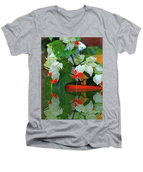 Bleeding Heart I Men's V-Neck T-Shirt
