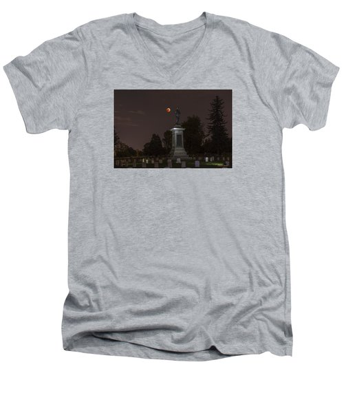 Men's V-Neck T-Shirt featuring the photograph Blood Moon At The Colorado Volunteers Memorial by Stephen  Johnson