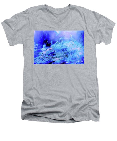 Blue Digital Artwork With Dots And Stripes And Sandstone Finish Men's V-Neck T-Shirt