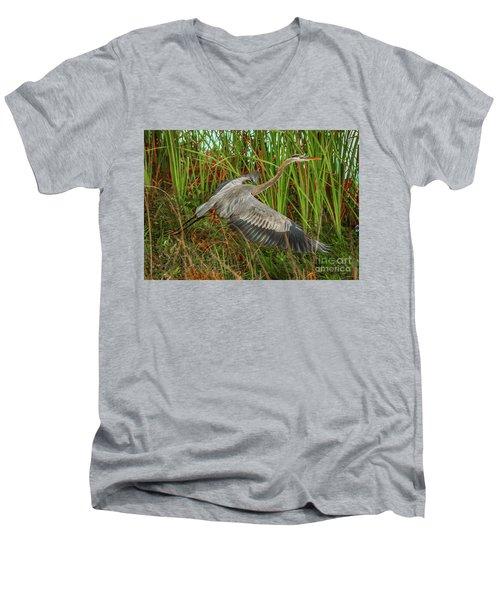 Blue Heron Take-off Men's V-Neck T-Shirt