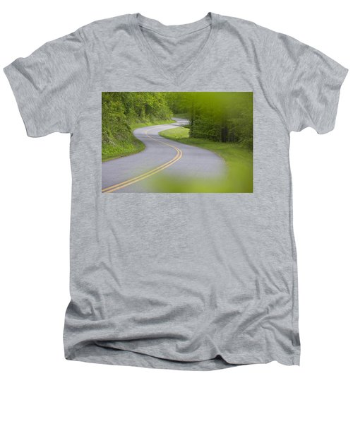 Blue Ridge Parkway Men's V-Neck T-Shirt