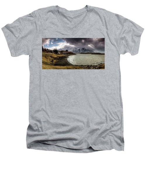 Borganes Light Show Men's V-Neck T-Shirt