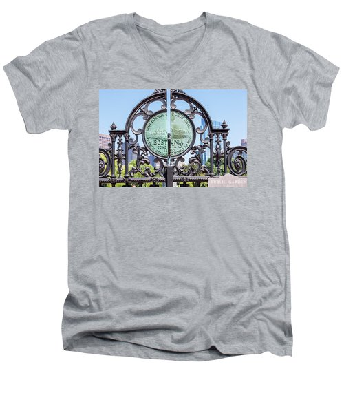 Boston Garden Gate Detail Men's V-Neck T-Shirt