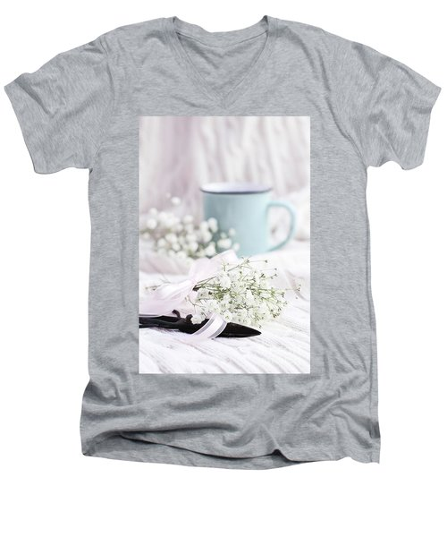 Bouquet Of Baby's Breath Men's V-Neck T-Shirt by Stephanie Frey