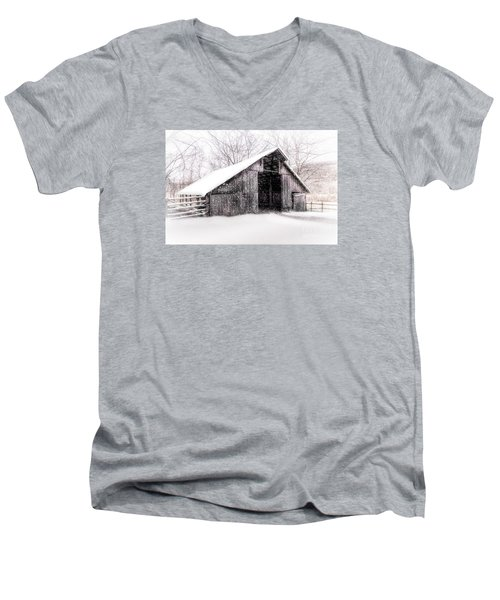 Boxley Snow Barn Men's V-Neck T-Shirt