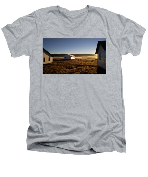 Breakfast In The Air Men's V-Neck T-Shirt