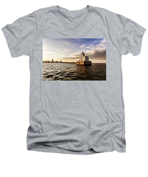 Breakwater Lighthouse Men's V-Neck T-Shirt