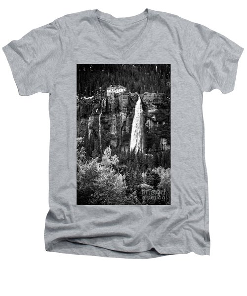 Bridal Veil Falls In Bw Men's V-Neck T-Shirt