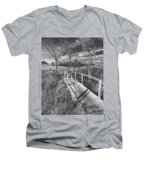 Bridge On The Prairie Men's V-Neck T-Shirt