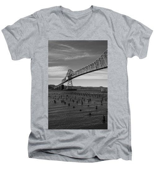 Men's V-Neck T-Shirt featuring the photograph Bridge Over Columbia by Jeff Kolker
