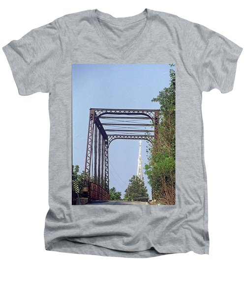Bridge To God Men's V-Neck T-Shirt