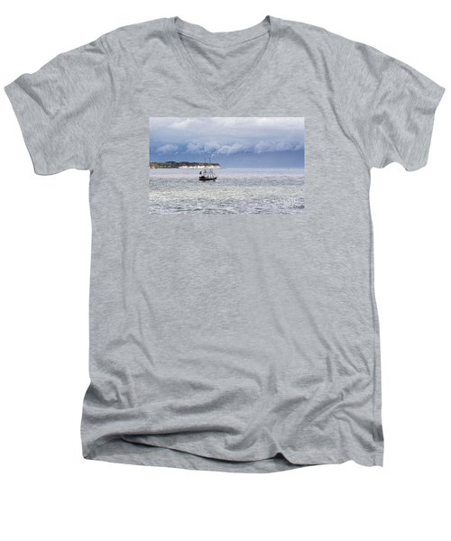 Bridlington Pirate Ship Men's V-Neck T-Shirt