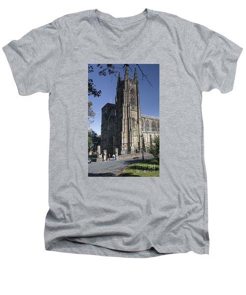 Bridlington Priory Men's V-Neck T-Shirt