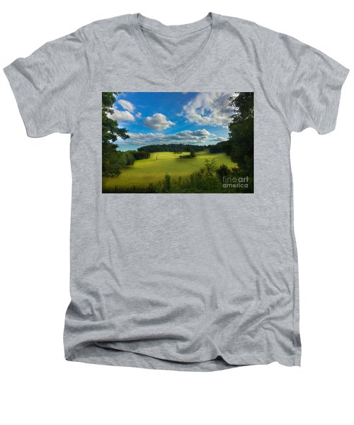 British Countryside Men's V-Neck T-Shirt