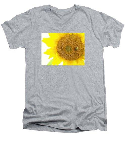 Bumble Bee Sunflower Men's V-Neck T-Shirt