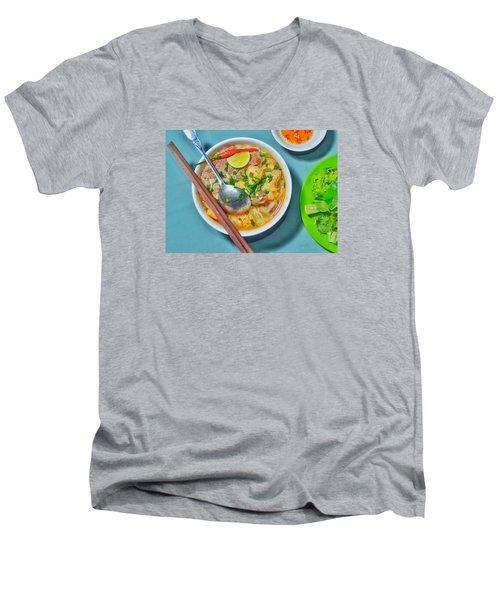 Bun Moc Men's V-Neck T-Shirt